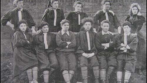 Le football (2) : Les femmes, le football et la compétition