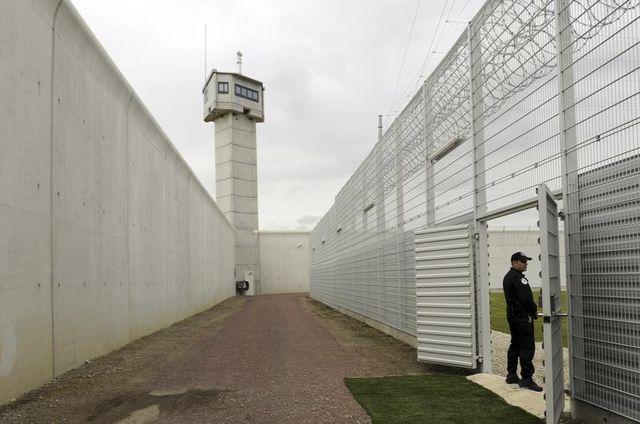 yvan colonna transféré à réau pour tentative d'évasion