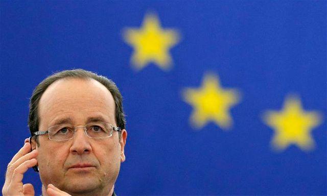 françois hollande prône une véritable politique de change pour stabiliser l'euro