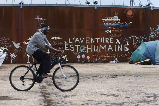 affrontements entre migrants africains à calais