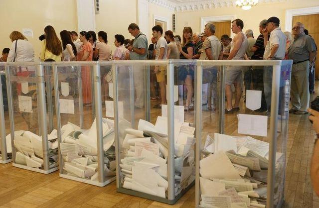 l'ukraine vote entre espoir et crainte