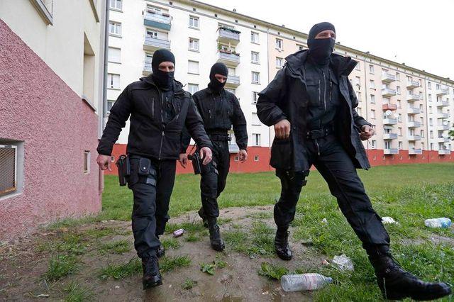 sept djihadistes présumés interpellés à strasbourg