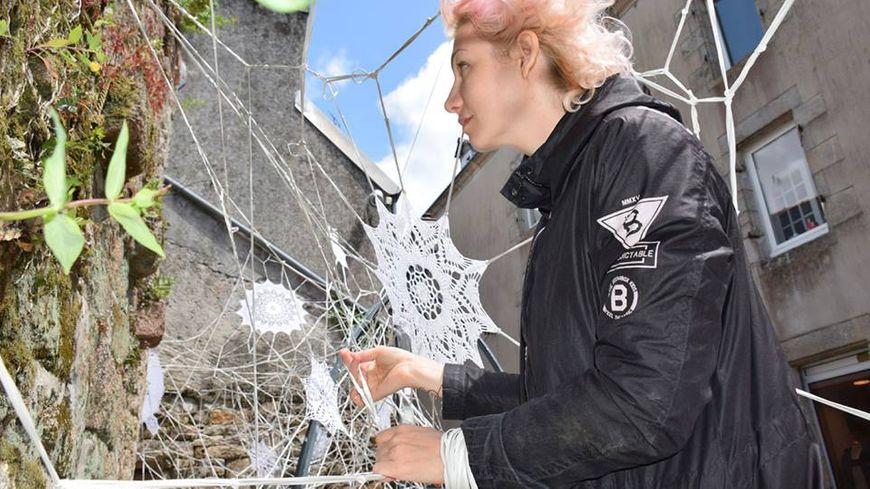 Nespoon, street-art dentelle