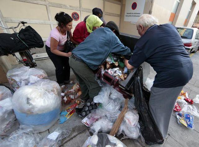 jean-marc ayrault fustige stigmatisation et assistanat au sujet de la pauvreté