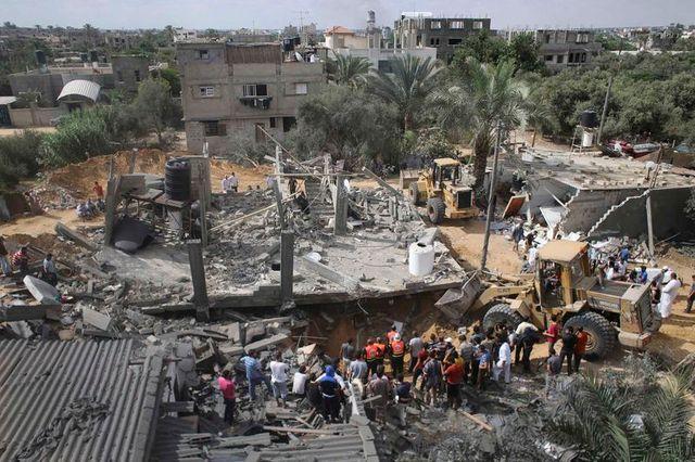 le bilan de l'offensive israélienne à gaza dépasse les 800 morts