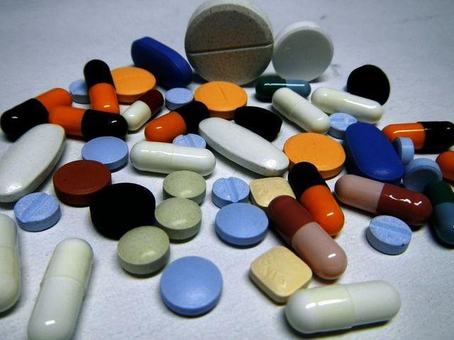 près de dix millions de médicaments contrefaits saisis par interpol à travers le monde