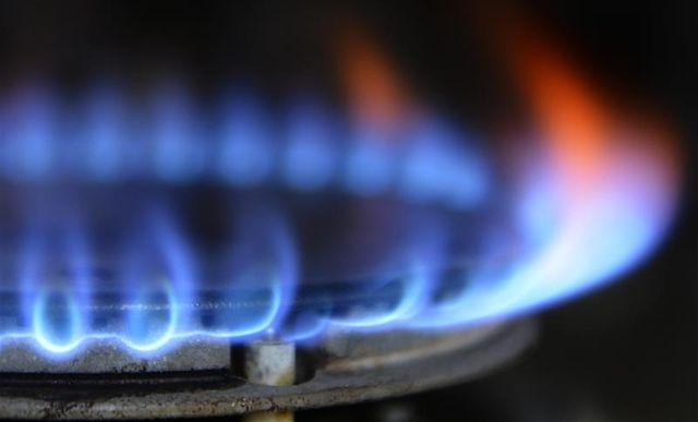 le gouvernement contraint d'appliquer des hausses rétroactives du gaz