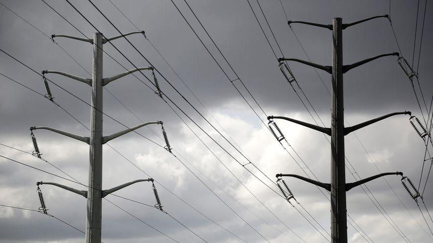 Poteaux électriques, illustration