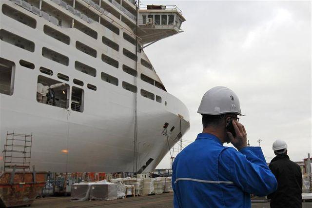 royal carribean cruises commande un paquebot géant à stx france
