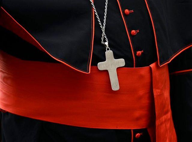 début du conclave le 12 mars