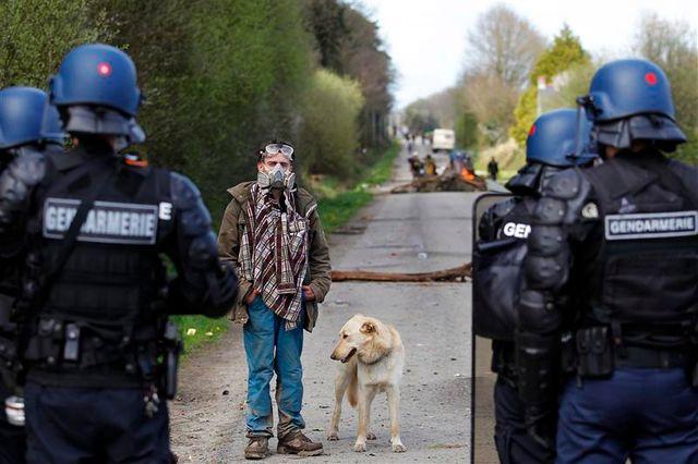retour à la normale du dispositif policier à notre-dame-des-landes