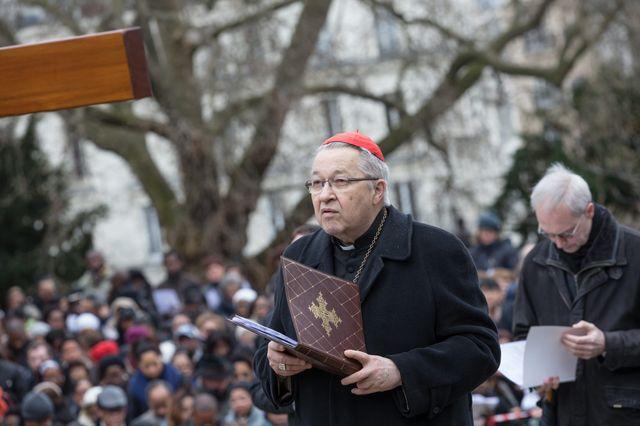 Le cardinal André Vingt-Trois lors d'une procession au Sacré-Coeur