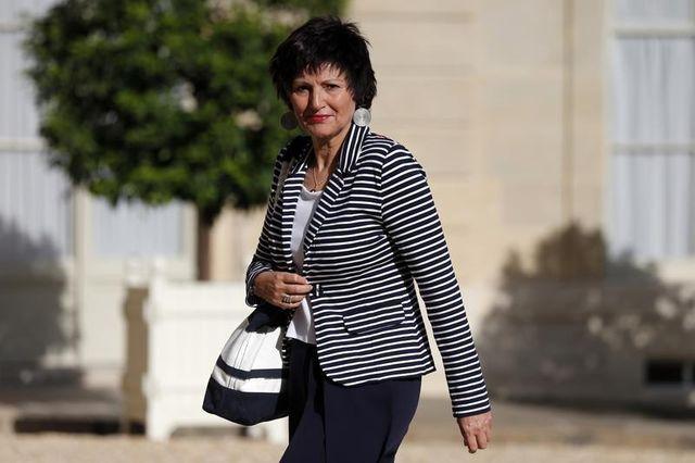 la ministre de la famille dominique bertinotti dévoile qu'elle a un cancer