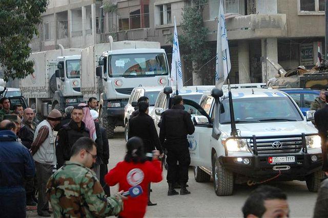tirs sur un convoi humanitaire dans la ville syrienne de homs