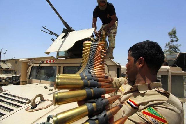 l'armée irakienne se heurte à une forte résistance des djihadistes à tikrit