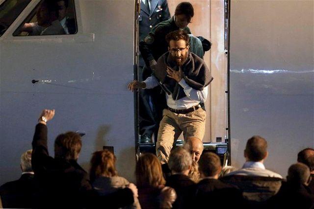 arrivée à paris des ex-otages enlevés au cameroun