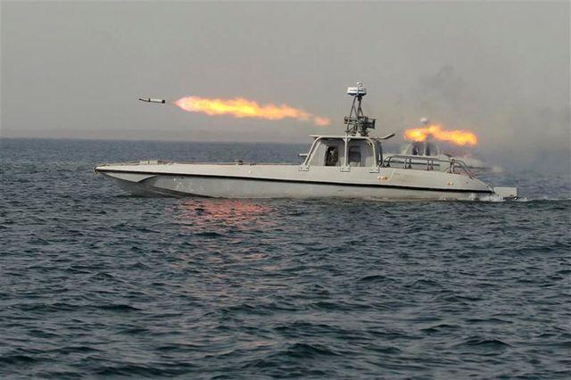 l'iran teste des missiles à longue portée dans le golfe