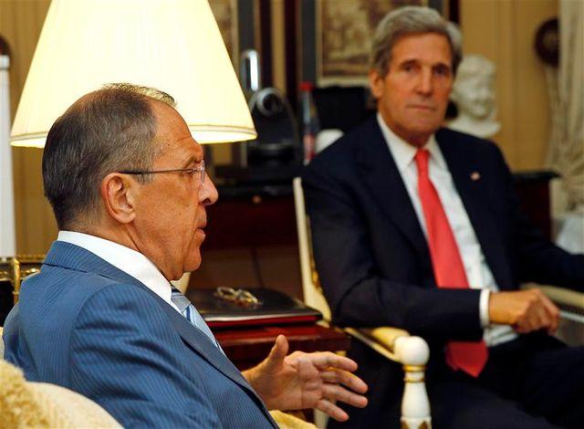 """le chef de la diplomatie russe estime qu'une conférence sur la syrie est un """"grand défi"""""""