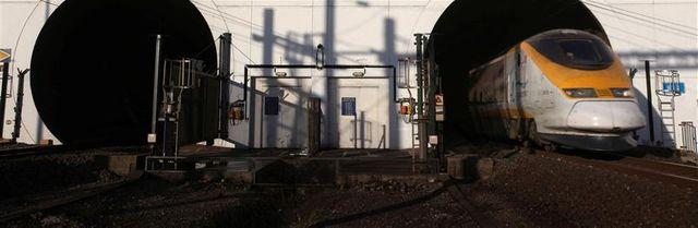 nouvelle intoxication d'ouvriers du tunnel sous la manche
