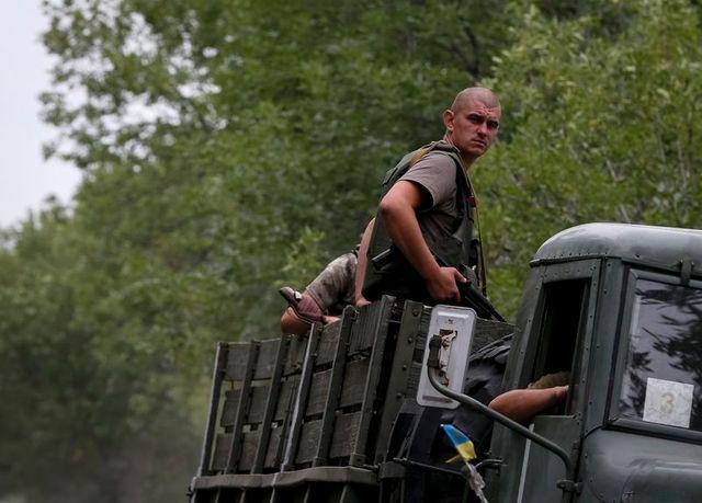 les forces de kiev progressent vers donetsk