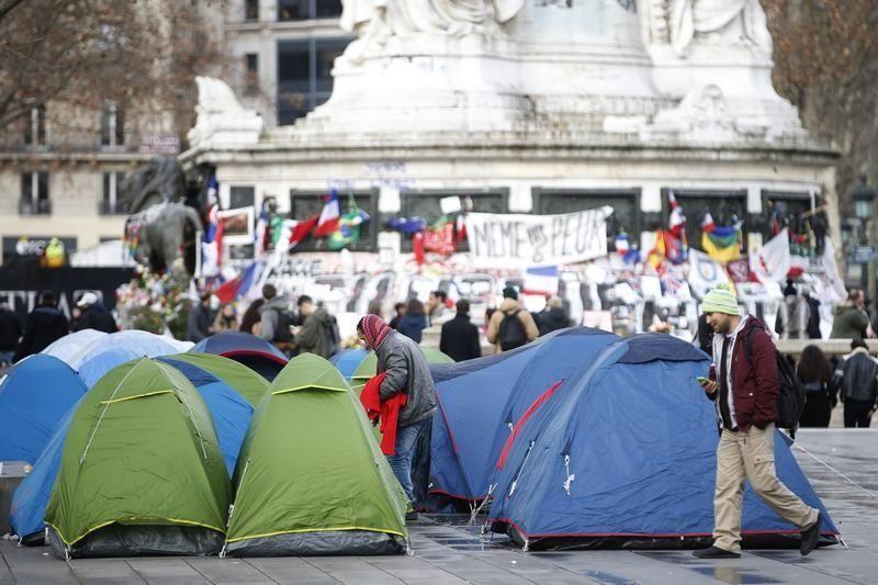 Des tentes de migrants à Paris le 6 janvier