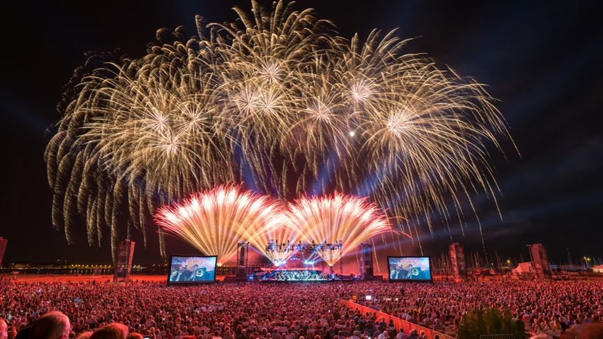 Entre 30 000 et 50 000 spectateurs sont attendus sur la plage pour chacune des soirées