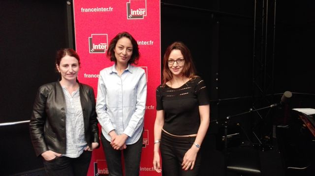 Sophie Nahum et Eliette Abecassis entoure Leïla