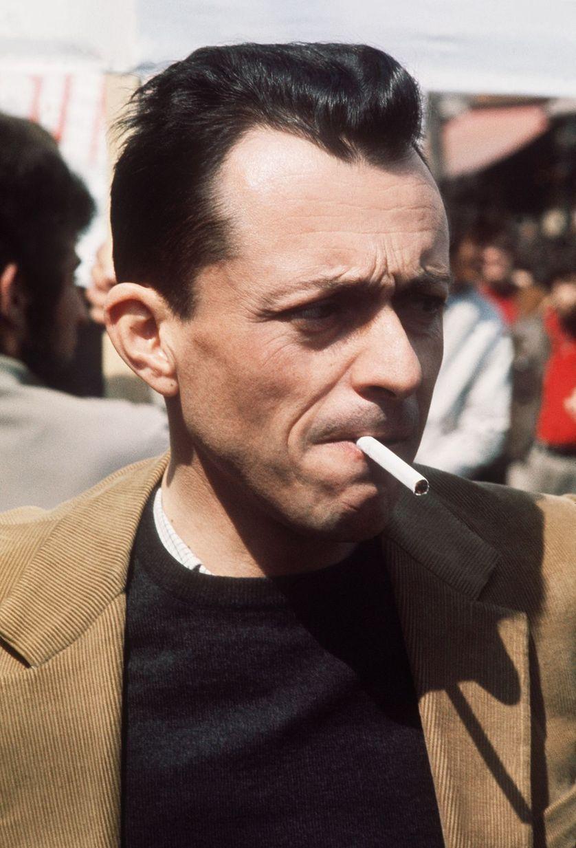 Michel Rocard au défilé du 1er mai 1971.