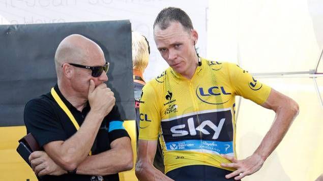 Dave Brailsford, manager de l'équipe Skye, avec son coureur Chris Froome.