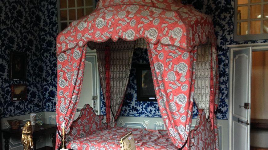 landes vente aux ench res exceptionnelle au ch teau des ev ques de dax. Black Bedroom Furniture Sets. Home Design Ideas