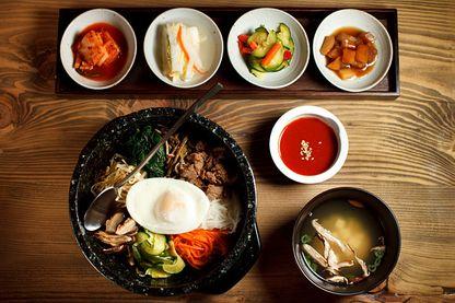 """Bibimbap, plat typique Coréen, vient de la forme verbale phonétique """"bibimbmada"""" (mélanger) et """"bap"""" (riz)"""