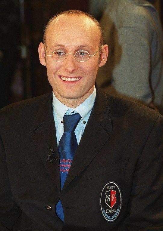 Ancien demi-de mêlée de rugtby et ex-sélectionneur du XV de France, bernard Laporte est devenu ministre en 2007