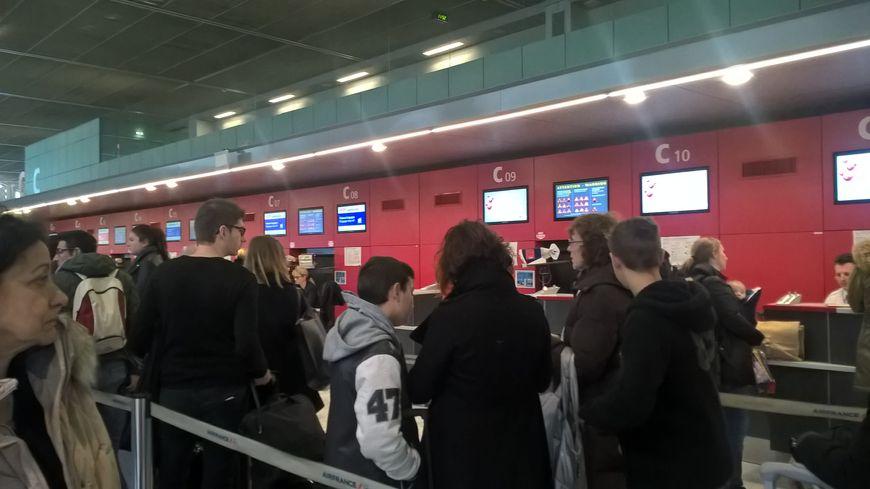 Les agents Air France qui enregistrent vos bagages sont appelés à faire grève.