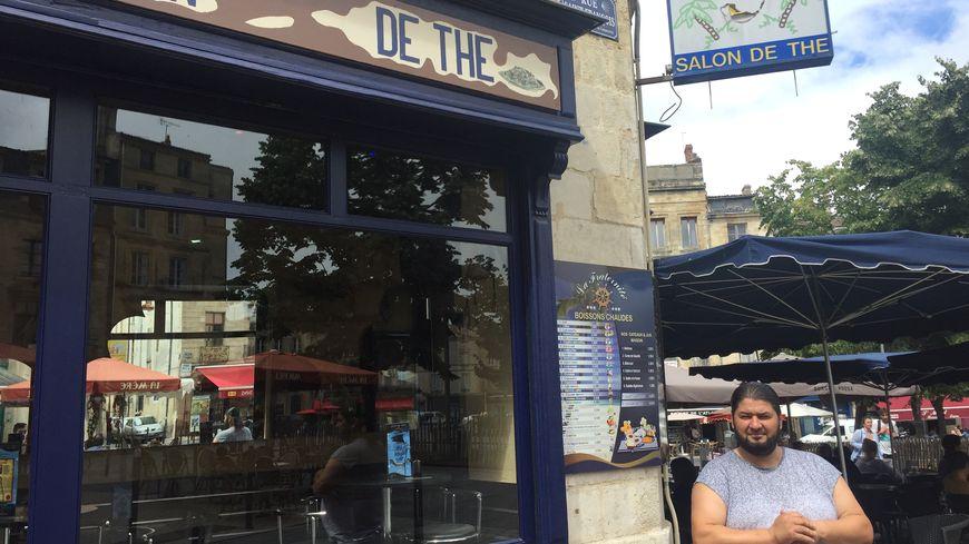 Yassine un basque-algérien à la tête de ce Café populaire depuis 21 ans.
