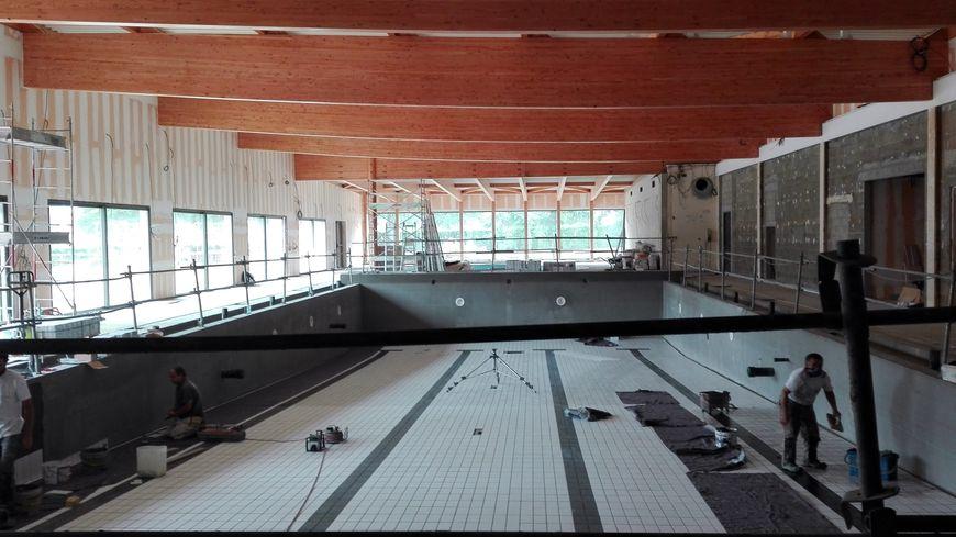 Coulaines les travaux de la nouvelle piscine en trois photos for Piscine de coulaines