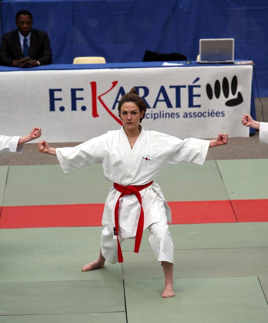 Ancienne championne de France de karaté, Chantal Jouanno a été nommé ministre en 2009