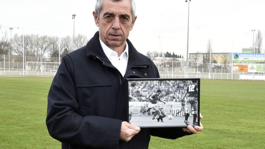 Alain Giresse plongé dans le souvenir de Séville 82 (photo AFP)