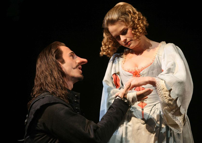 Joseph Fiennes en Cyrano De Bergerac et Alice Eve en Roxane, 2009