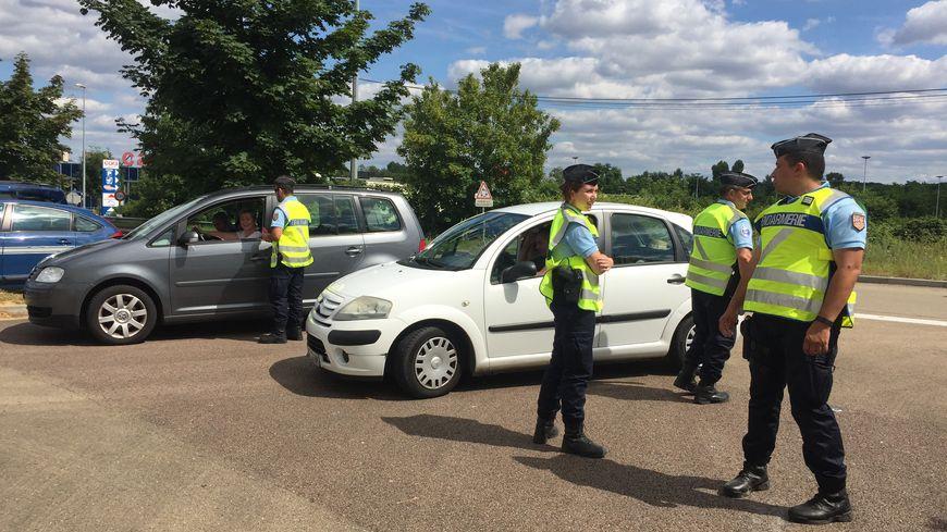 Sur les sept gendarmes présents pour l'opération de contrôle ce jour-là, quatre sont des réservistes opérationnels.
