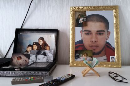 """Sami, le fils radicalisé d'Aziza, mort en Syrie. Aziza fait maintenant partie de la """"Brigade des mères"""""""