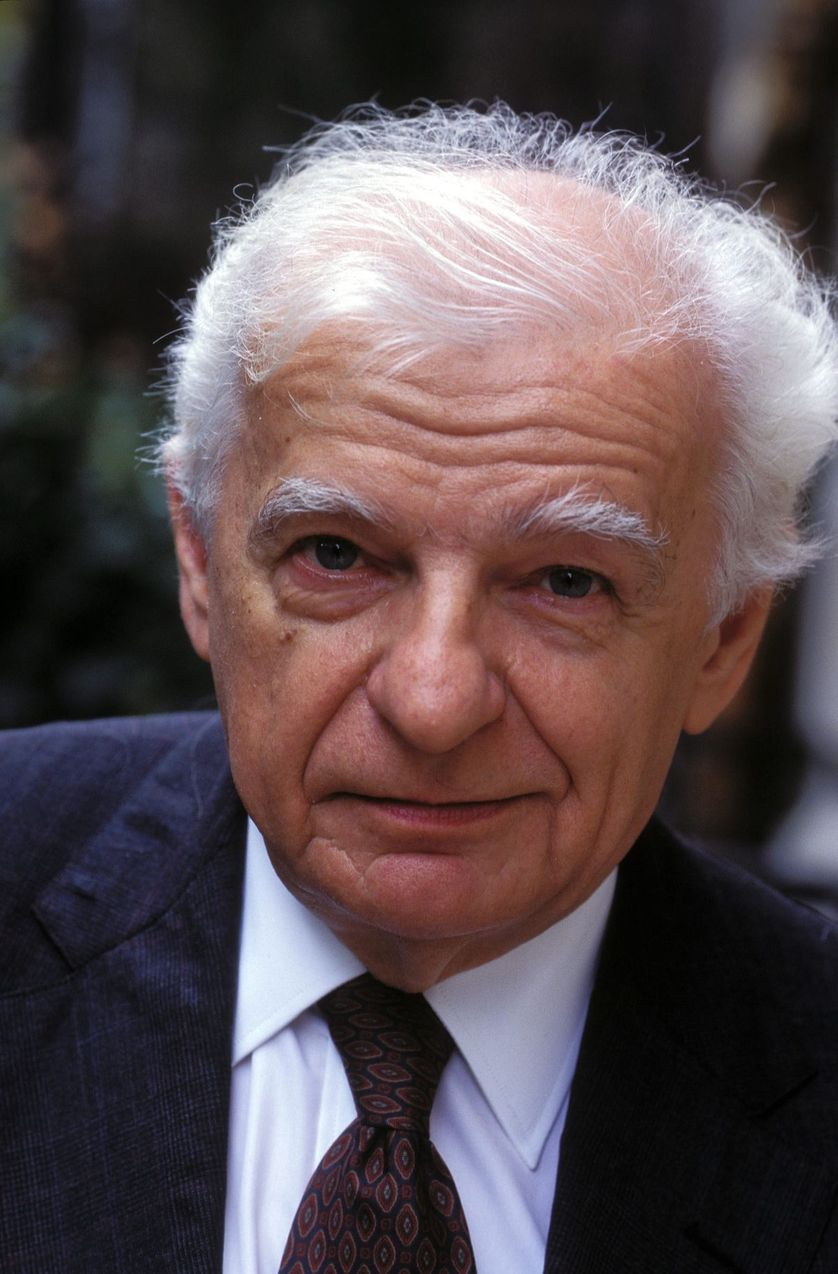Yves Bonnefoy en 1995.