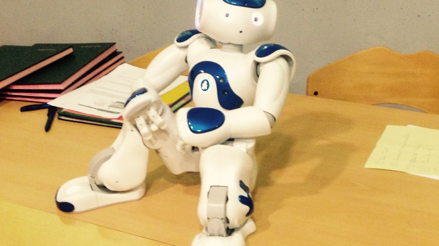 Nao, le robot de l'hôpital Clocheville
