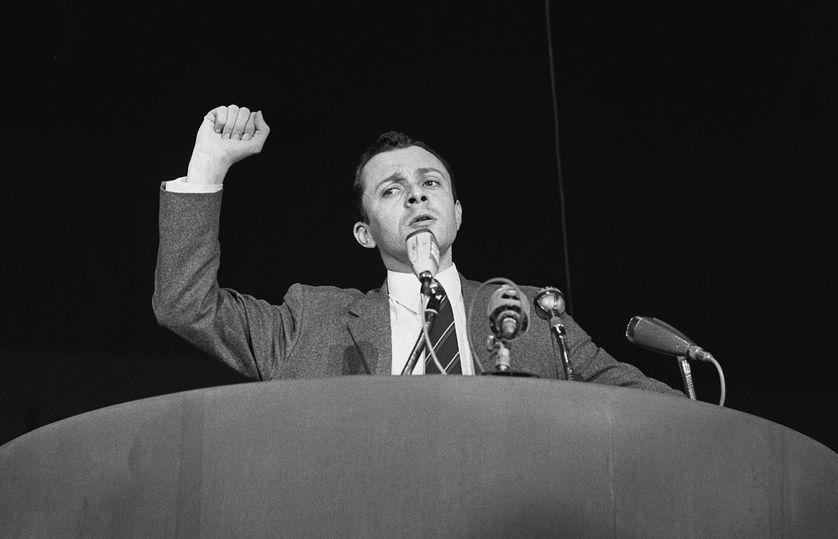 Michel Rocard pendant la campagne présidentielle en 1969.