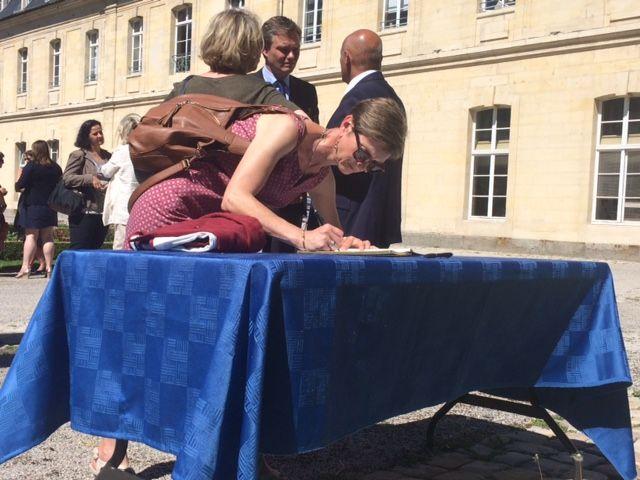 Comme à la mairie de Caen, un registre a été mis à la disposition du public au siège de la Région