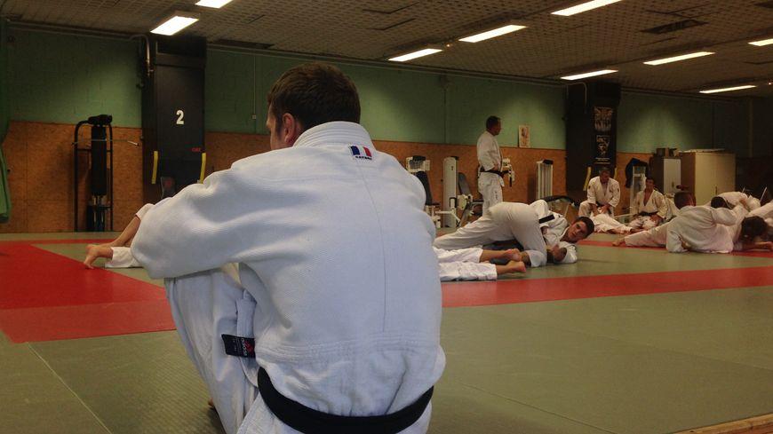 Les judokas de l'Alliance Judo Besançon Dijon 21 25 s'entraînent à Pontarlier cette semaine.