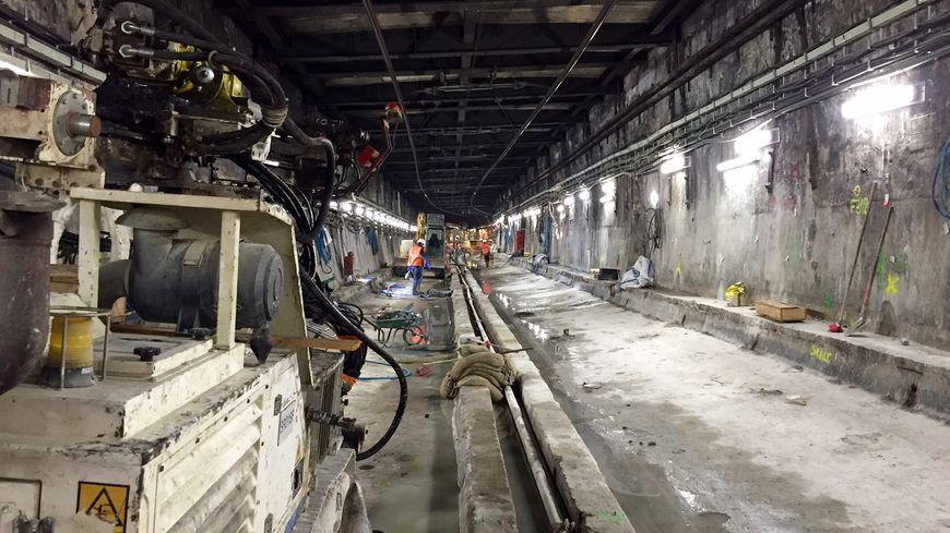 Les fondations du tunnel du tronçon central du RER C ont été renforcées.
