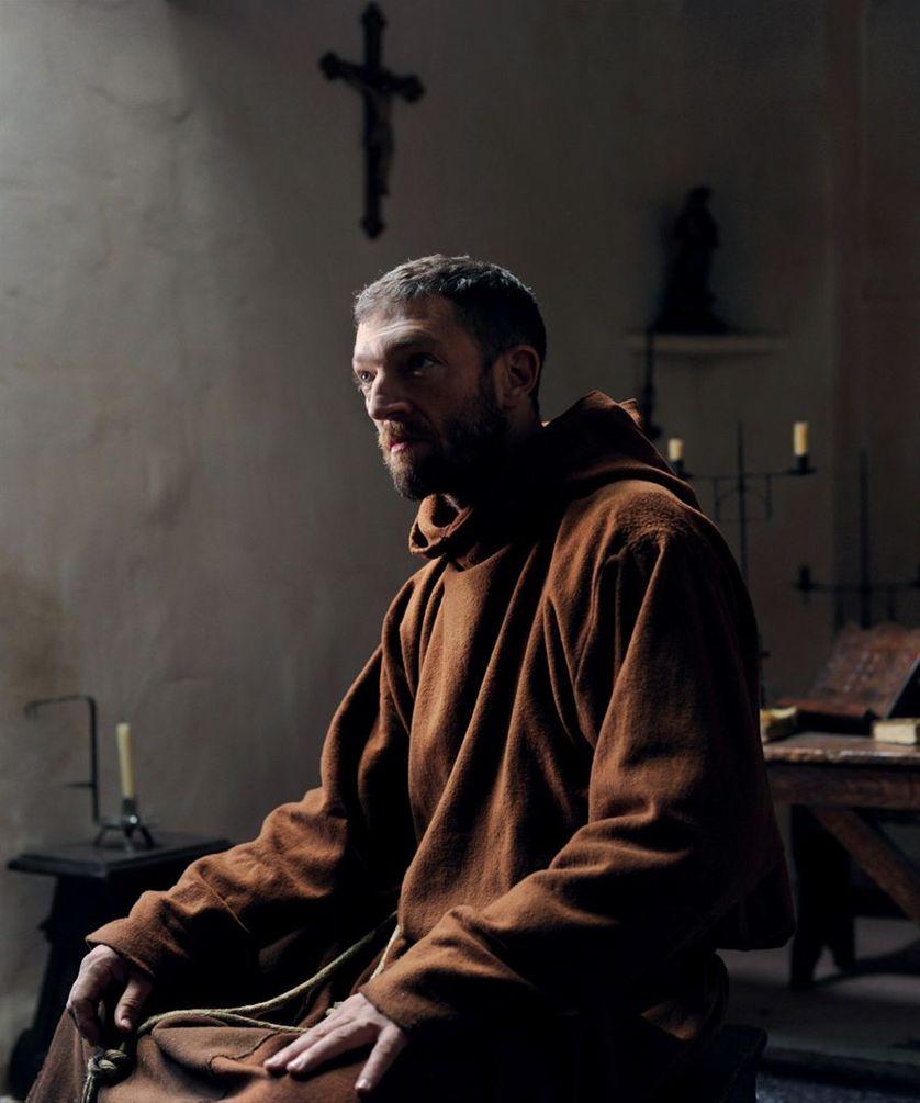 Vincent Cassel dans le rôle du moine, 2011