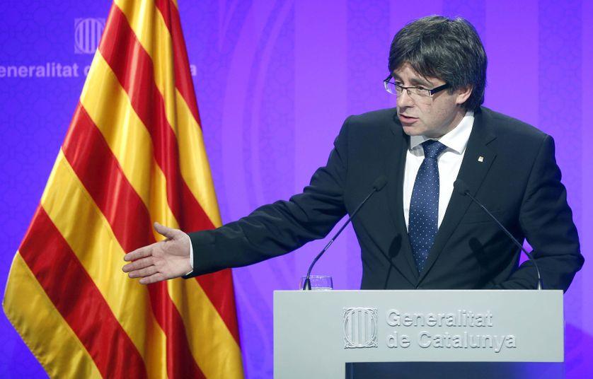 Le président de la Generalitat de Catalogne Carles Puigdemont