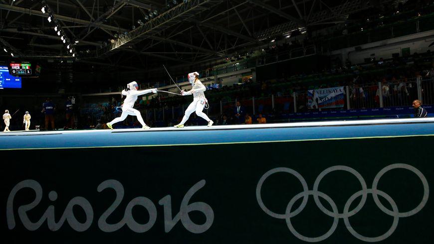 La Strasbourgeoise Charlotte Lembach et ses coéquipières de l'équipe de France féminine de sabre se sont fait sortir dès les quarts de finale, sur un score de 45-36.