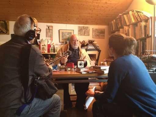 Michel Butor dans son atelier •